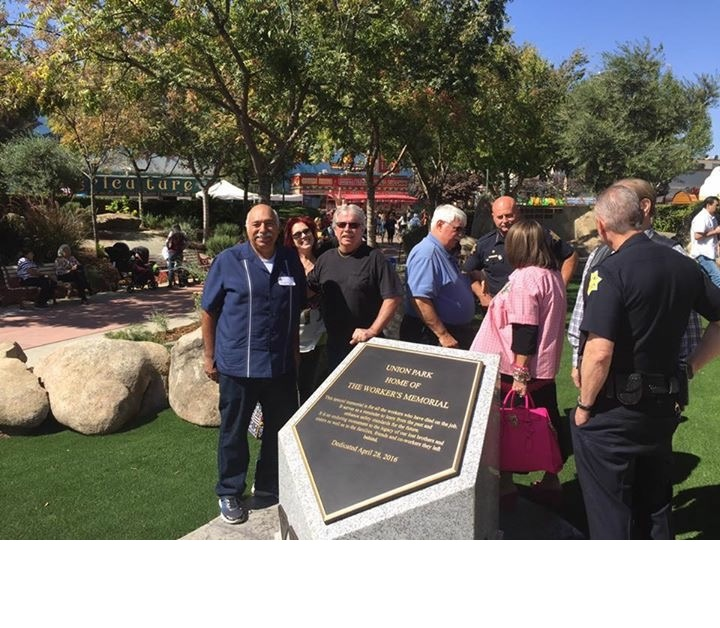 Fresno Chief of Police Jerry Dyer and Deputy Chief Pat Farmer at The Big Fresno Fair with Board Directors, Members and Friends. Picture 2 10-5-17